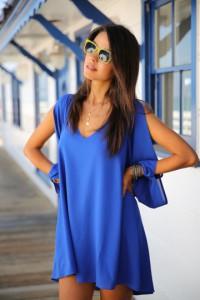 Robe fluide bleue foncé