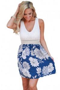 Robe patineuse bleue à imprimé floral