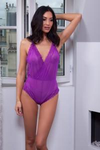 Body shorty en voile transparente et en dentelle, violet