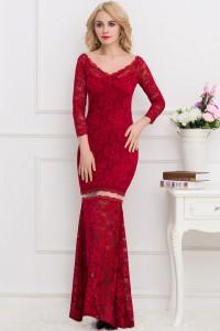Robe longue en dentelle rouge