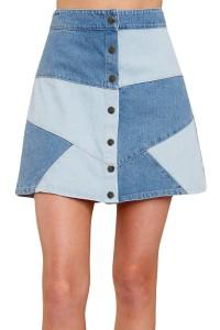 Jupe courte en jean façon patchwork