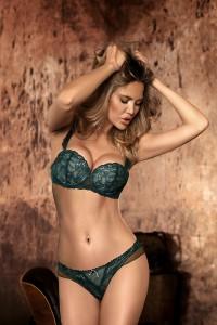 Ensemble lingerie dentelle luxe vert