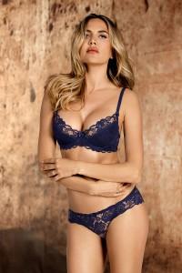 Ensemble lingerie dentelle luxe bleu marine