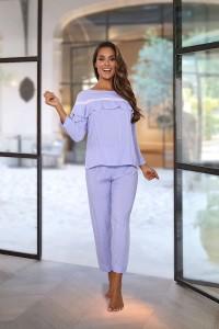 Pyjama rayé bleu et blanc