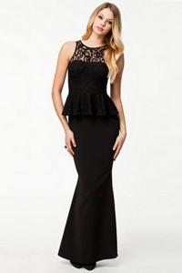 Robe de soirée noire avec dentelle