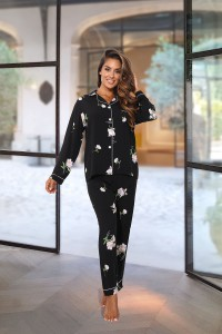 Pyjama noir à motifs
