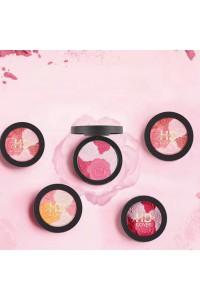Blush design rose