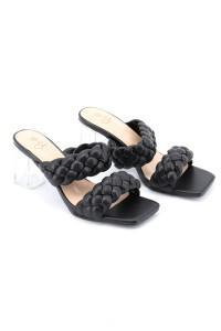 Sandales noires à talons transparent
