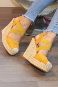 Sandales à talons compensées jaunes