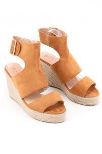 Sandales à talons compensées camel