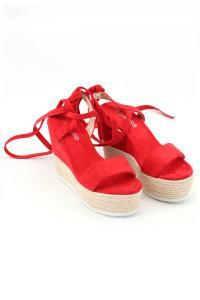 Sandales à talons compensés rouges