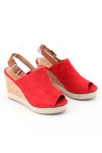 Sandales rouges à talons compensés