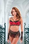 Ensemble de lingerie exotique rouge et noir