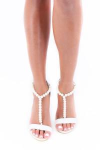 Sandales blanches à talons